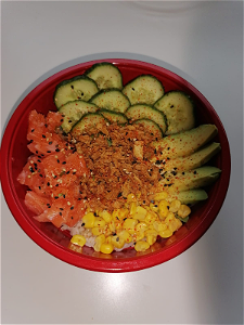 Foto Pokebowl pittige zalm